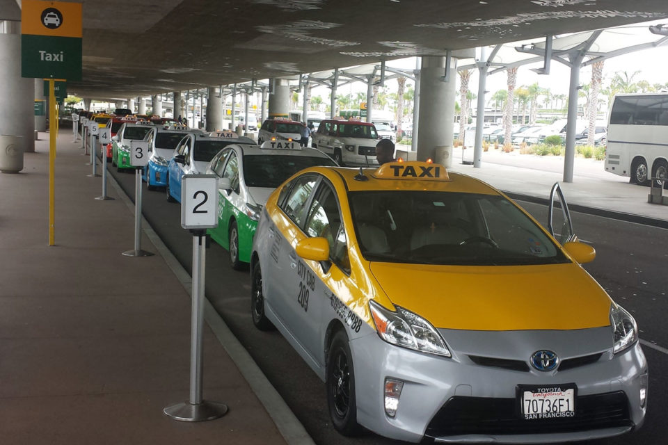 Pick The Best Airport Taxi Service