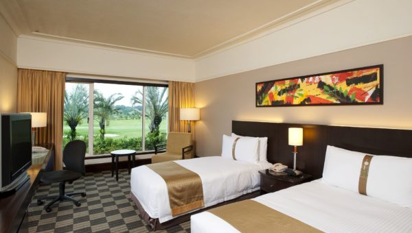 Researching Hotels Online Provides Many Advantages For Today's Traveller