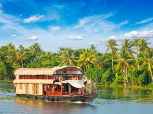 Experience The Houseboat Vacation In Kerala