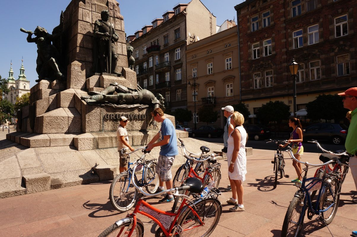 Krakow Tours – Guide Services For Foreign Visitors