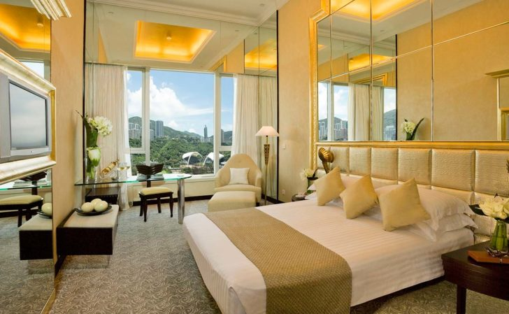 Visiting Hong Kong: The Best Places To Stay