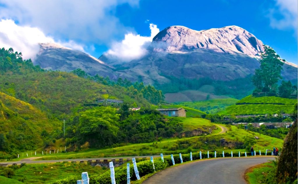 Experience The Tantalizing Aroma Of Spice & Plantations In Kerala